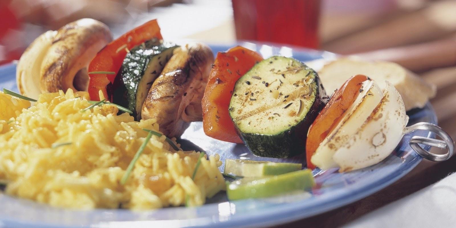 Groentenspies met ui, paprika, courgette en champignon