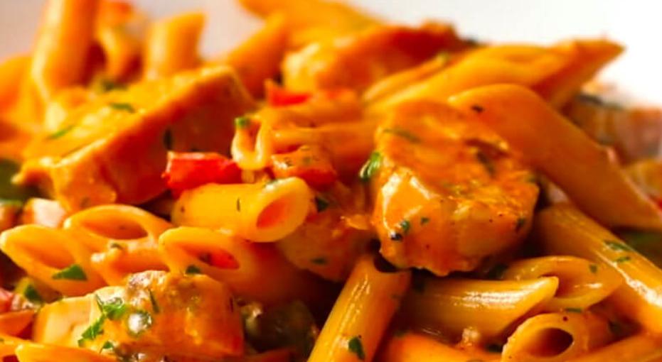 Romige tomaten-mascarpone pastasaus