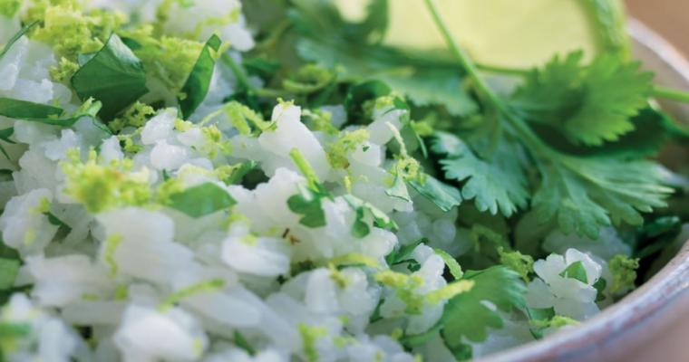 Mexicaanse rijst met verse koriander en limoen – Bijgerecht